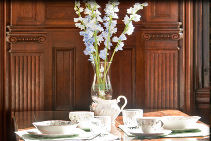 Private Breakfast in a New Orleans B&B - Place Setting and Flowers