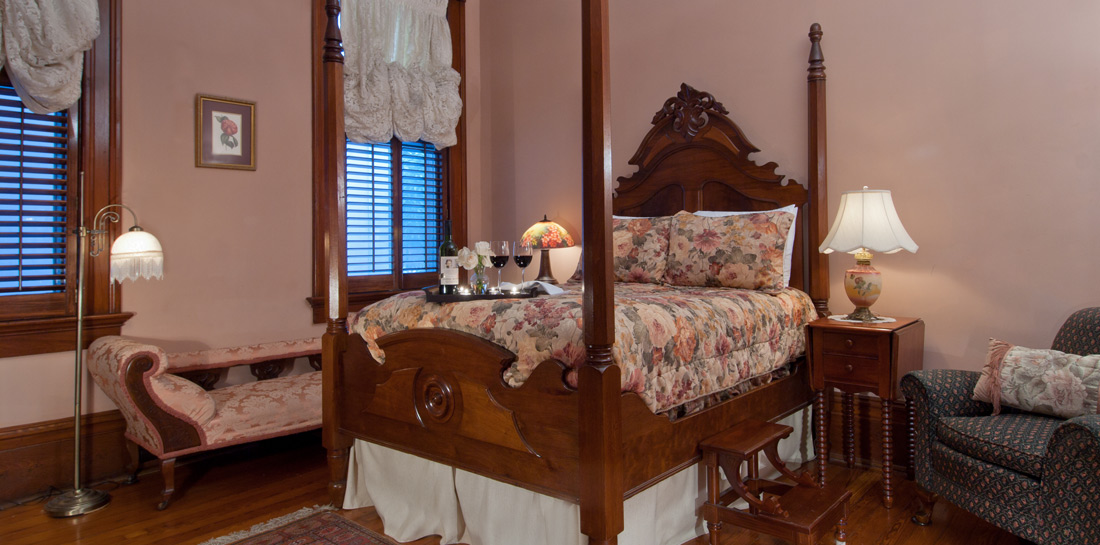 Bed and Breakfast in New Orleans LA - Bedroom