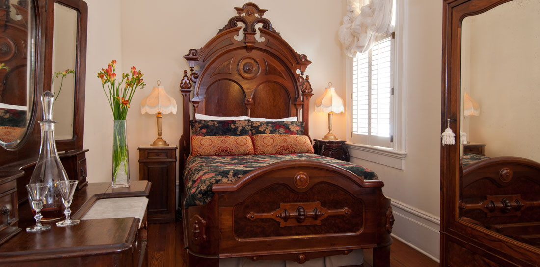 New Orleand Bed and Breakfast Room for a Great Getaway