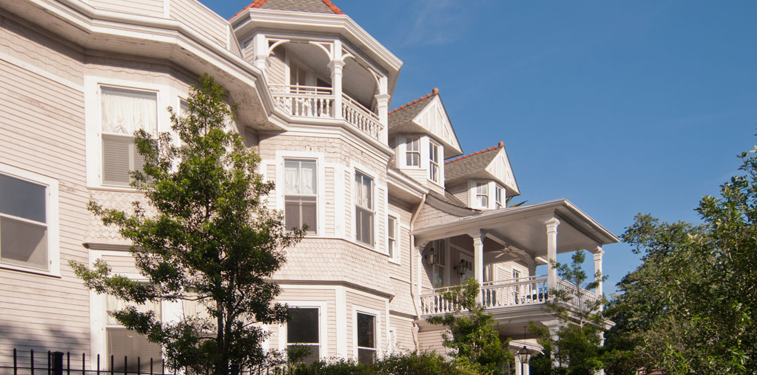 Grand Victorian Bed and Breakfast in New Orleans